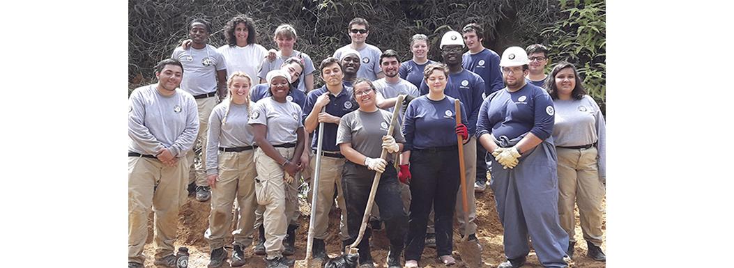 2019 Americorps Groups at Las Casas de la Selva